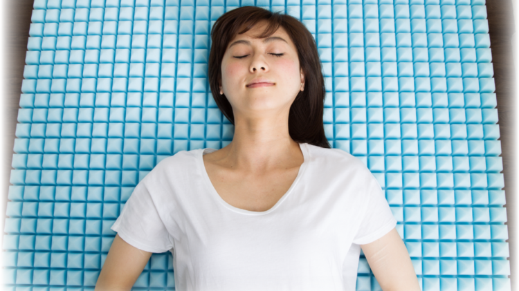 腰痛対策 1830個の点で身体を支える 高反発マットレス